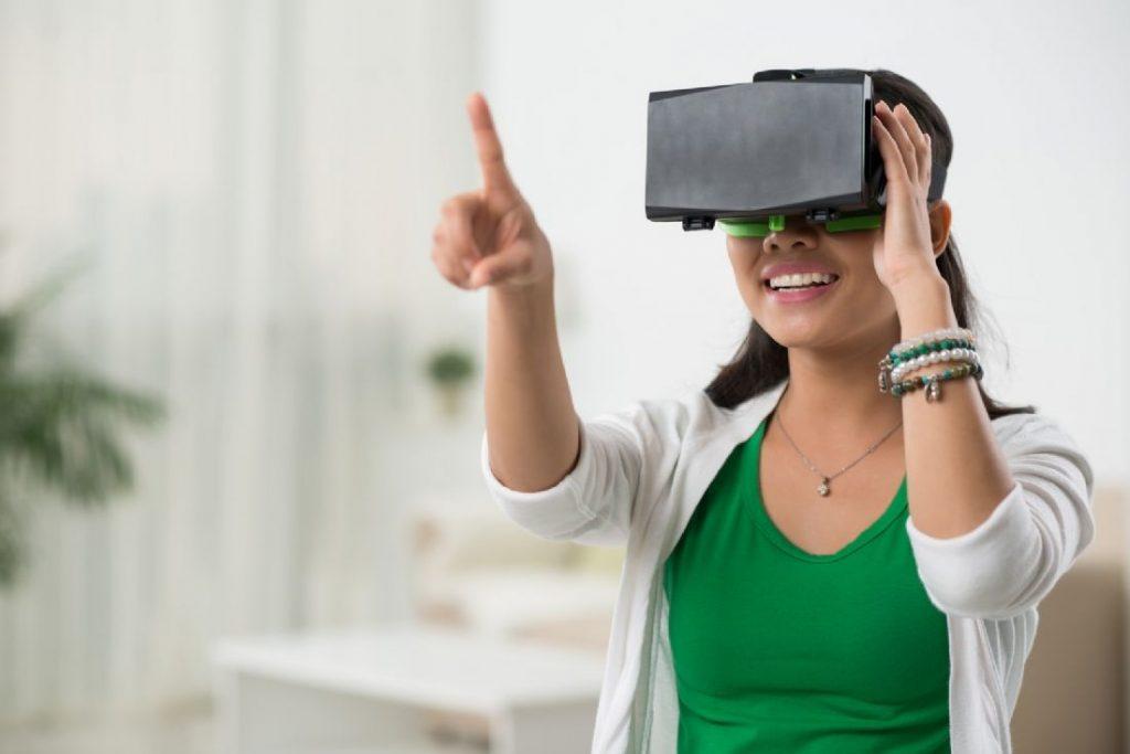 La réalité virtuelle façonnera l'industrie du commerce électronique et du dropshipping