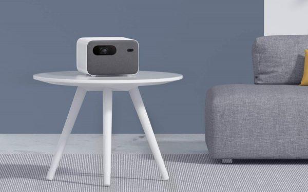 Transformez votre mur en une énorme télévision Android avec XIAOMI MI SMART PROJECTOR 2