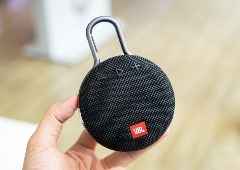 Test Avis JBL CLIP 3, une enceinte légère compacte qui offre une excellente qualité sonore